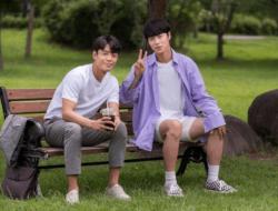 Lee Jae Wook dan Kim Joo Heon Berbagi Foto Lucu Di Balik Layar Dari Drama Baru